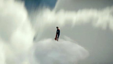 Man_of_Steel_teaser_trailer_screenshot_10_460x259