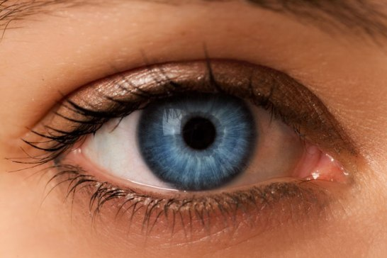 eye-color-blue-z-c-660x440